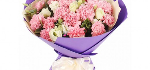 3 dozen carnations in bouquet (1)-600x450
