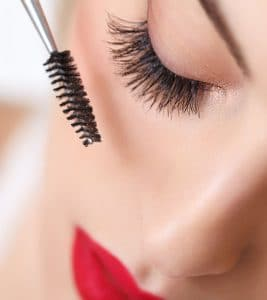 Mascara - One of the Beauty and Fashion Trends | Lifestylenmore