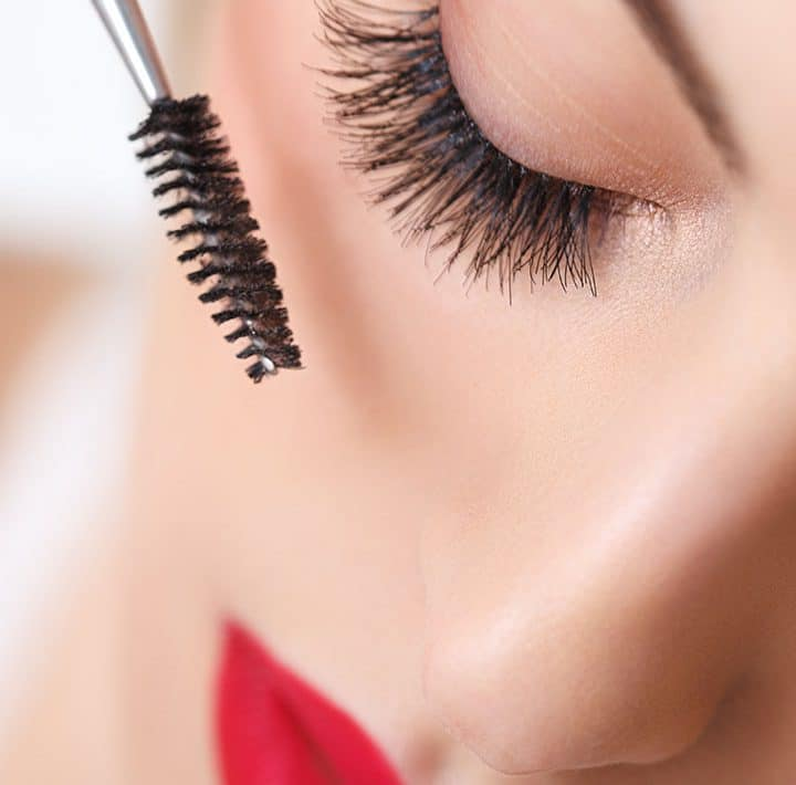Apply Mascara Professionally